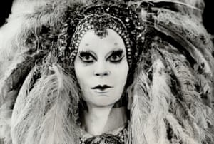 Lindsay Kemp as Salome in a Toronto Workshop Productions show, 1978