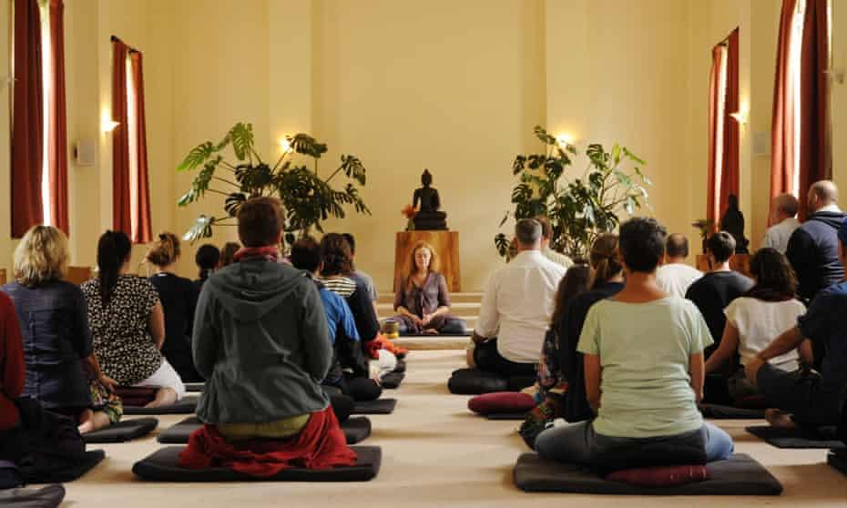 Meditation session Gaia House