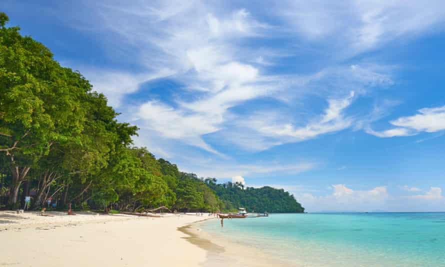 Beach of Koh Rok Island, Thailand