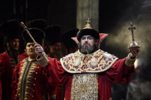 John Tomlinson as Boris Godunov in a 2003 Royal Opera House revival of a 1983 production by the great Russian film director Andrei Tarkovsky.