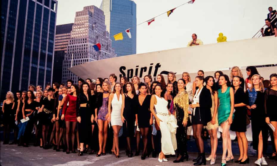 Contestants wait to board the Spirit of New York yacht in 1991