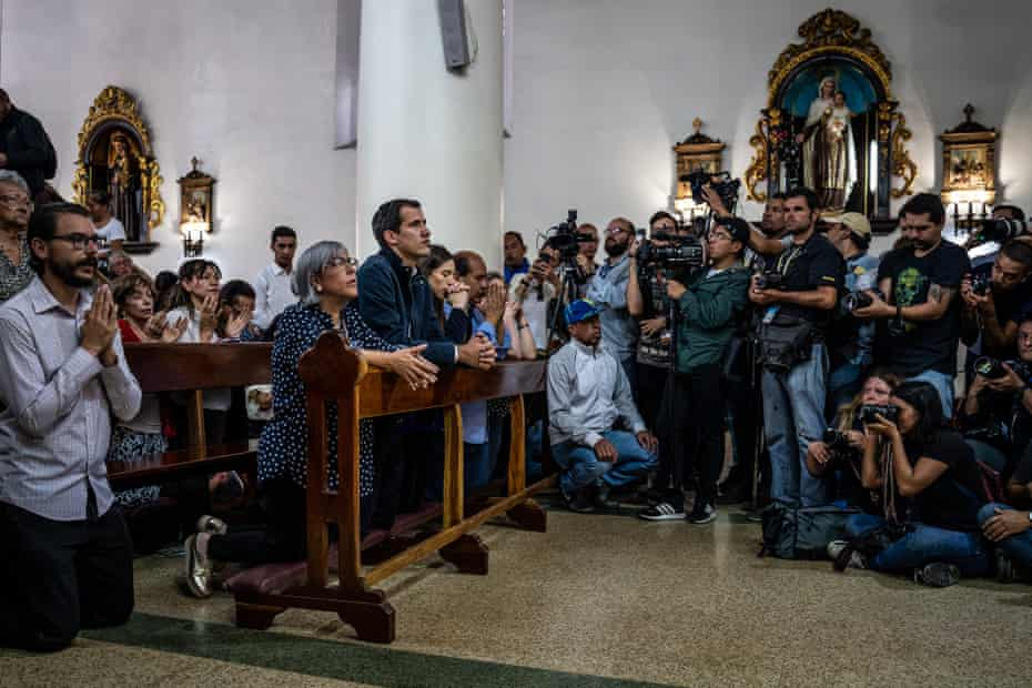Juan Guaidó attends a Sunday service at the Chacao church a few days after proclaiming himself interim president of Venezuela