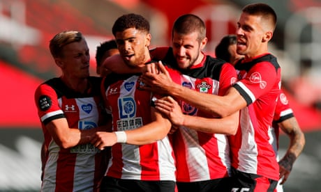 Adams breaks duck as Southampton survive Manchester City onslaught