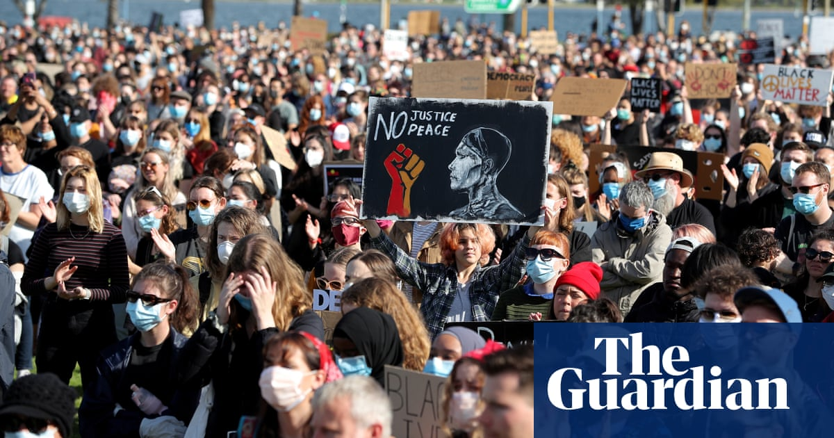Australia protests: thousands take part in Black Lives Matter and pro-refugee events amid Covid-19 warnings – The Guardian