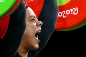 Sara Ahmed in the weightlifting final.