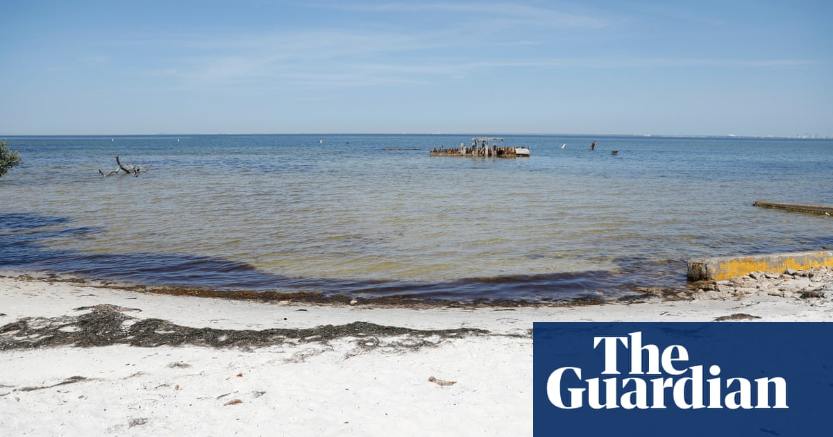 Florida to close wastewater reservoir that poured into Tampa Bay