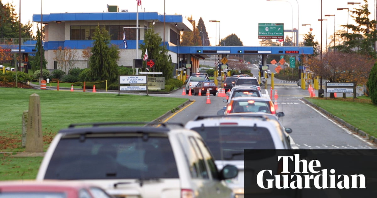 Jogger accidentally crosses US border from Canada and is held for two weeks