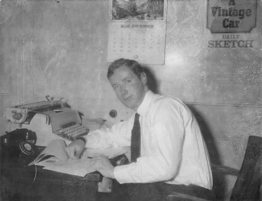 Ferdinand Mount working at The Daily Sketch.