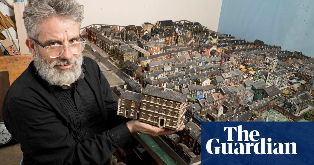 'Michelangelo of Middlesbrough' hailed for 27,000-hour model project
