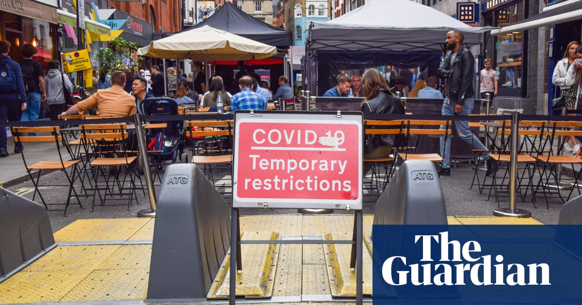 Covid safety guidance to firms in England criticised as 'recipe for chaos'