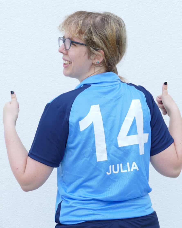 لباس باشگاه فوتبال زنان جولیا رافالت.