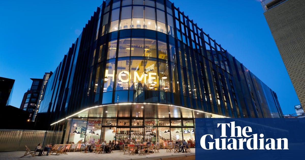 UK independent cinemas boom as multiplexes close doors