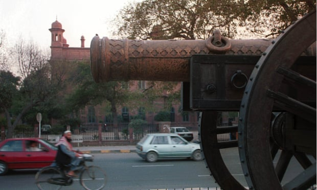 "The Zamzama gun and Lahore museum, or ""House of Wonders"", both of which feature in Kim."
