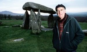 Aubrey Manning in the BBC's Talking Landscapes, 2001.