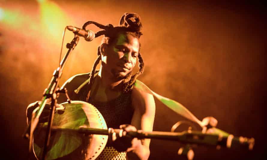 kologo player King Ayisoba