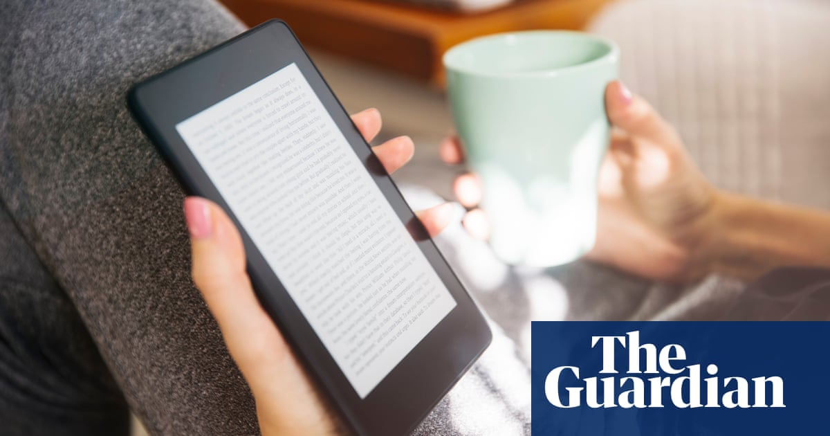 Pandemic drives ebook and audiobook sales by UK publishers to all-time high