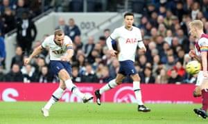 Harry Kane chỉ mất bốn phút để ghi bàn.
