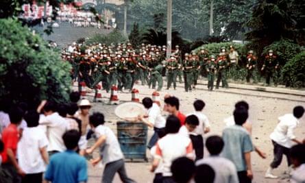 Rioting in Chengdu, 4 June 1989.