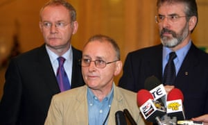 Denis Donaldson (centre) with Gerry Adams (right) and Martin McGuinness of Sinn Féin in 2005.