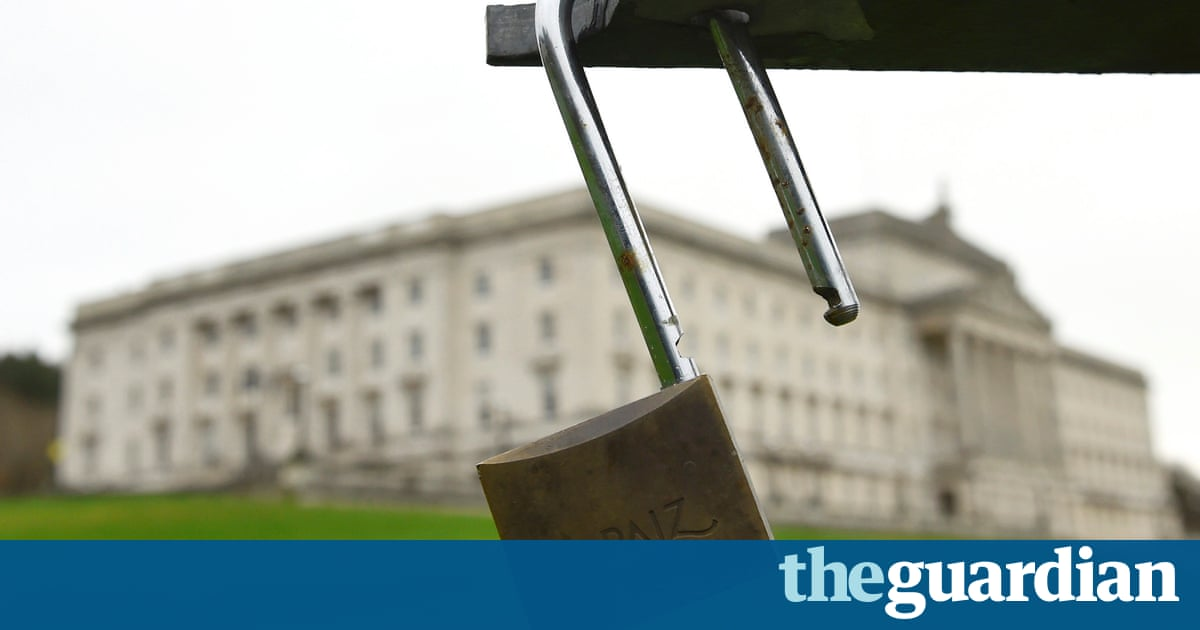 Deadlock in stormont could spell turmoil for social for N ireland bedroom tax