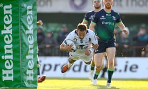 Montpellier's Aaron Cruden scores against Connacht in the Challenge Cup in November. He was released eight months early and has joined Chiefs.