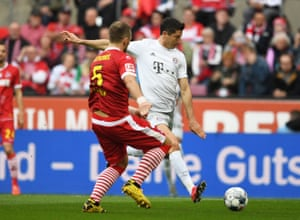Robert Lewandowski scores his sides first goal.