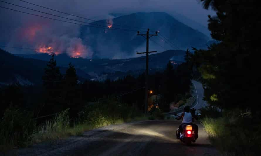 Wildfire on mountainside