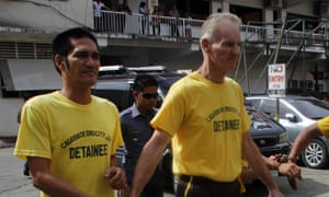 Gerard Peter Scully of Australia (right)