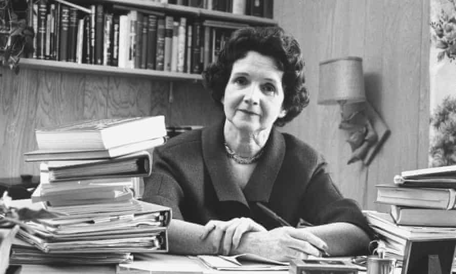 Rachel Carson's writing showed that 'science could be a literary subject'.