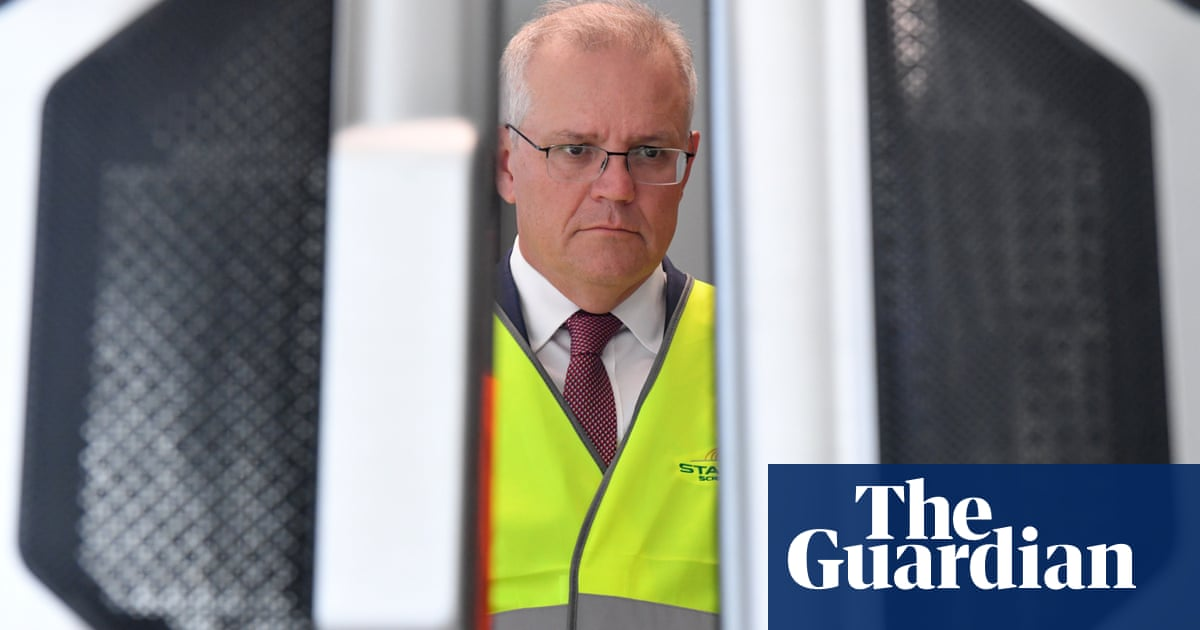 Coalition told it must hugely increase clean energy investment beyond hydrogen, carbon storage promise