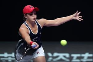 Ashleigh Barty beats Petra Kvitova 6-4, 6-2.
