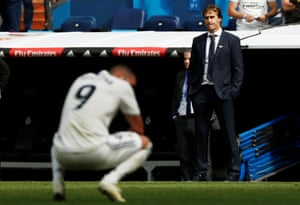 Real Madrid coach Julen Lopetegui looks dejected during the defeat to Levante.