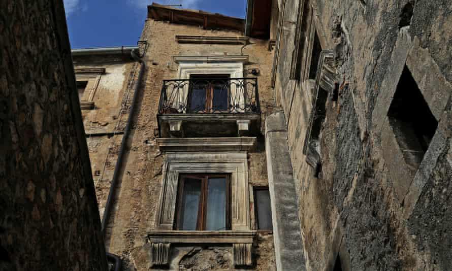 A building in an Italian village