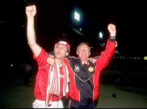 Bryan Robson celebrates