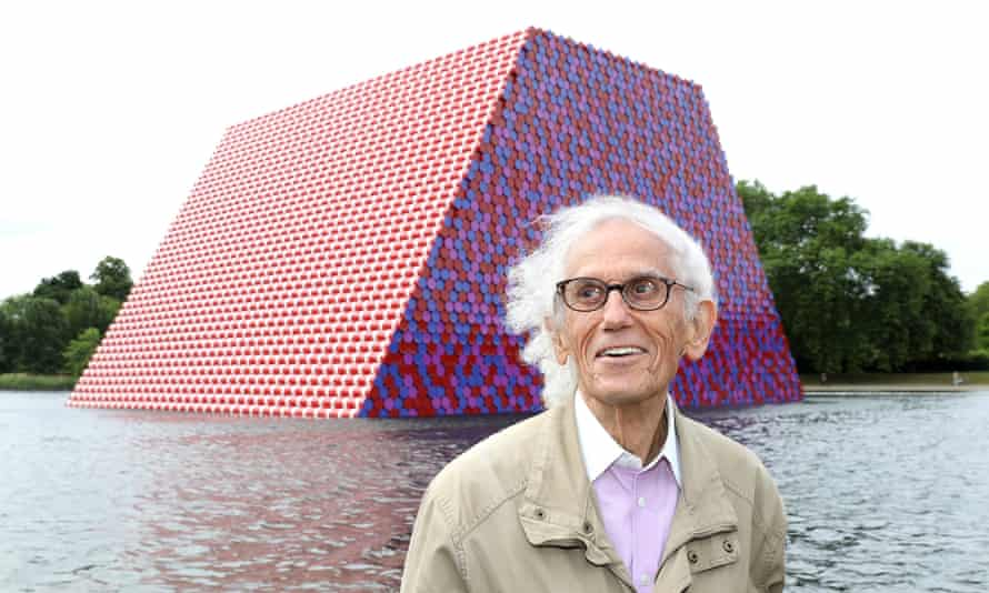 Christo unveiling his first UK outdoor work, a 20 metres high installation on Serpentine Lake in London, in 2018.