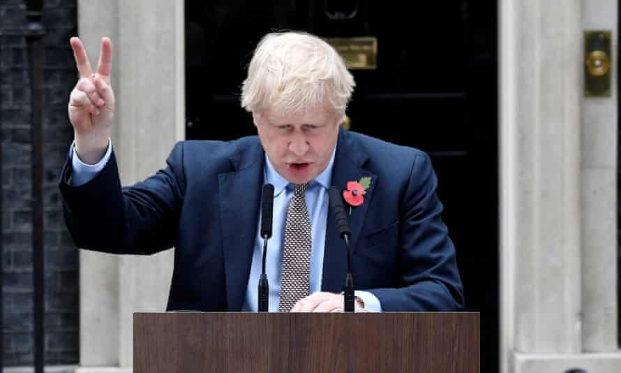 Boris Johnson announces the general election in front of 10 Downing Street.
