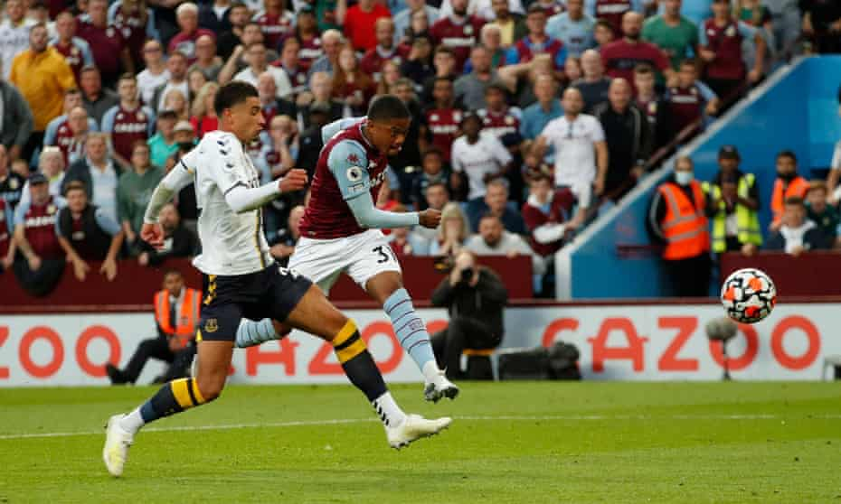 Leon Bailey scores Aston Villa's third goal in his 21-minute appearance against Everton