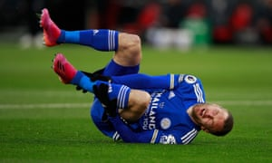 Jannik Vestergaard of Southampton sent off for foul on Jamie Vardy of Leicester City