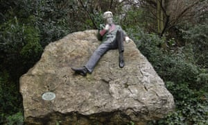 Oscar Wilde statue in Merrion Square, Dublin, by Danny Osborne.