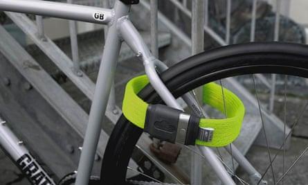 Hold tight: the flexible and lightweight Litelok