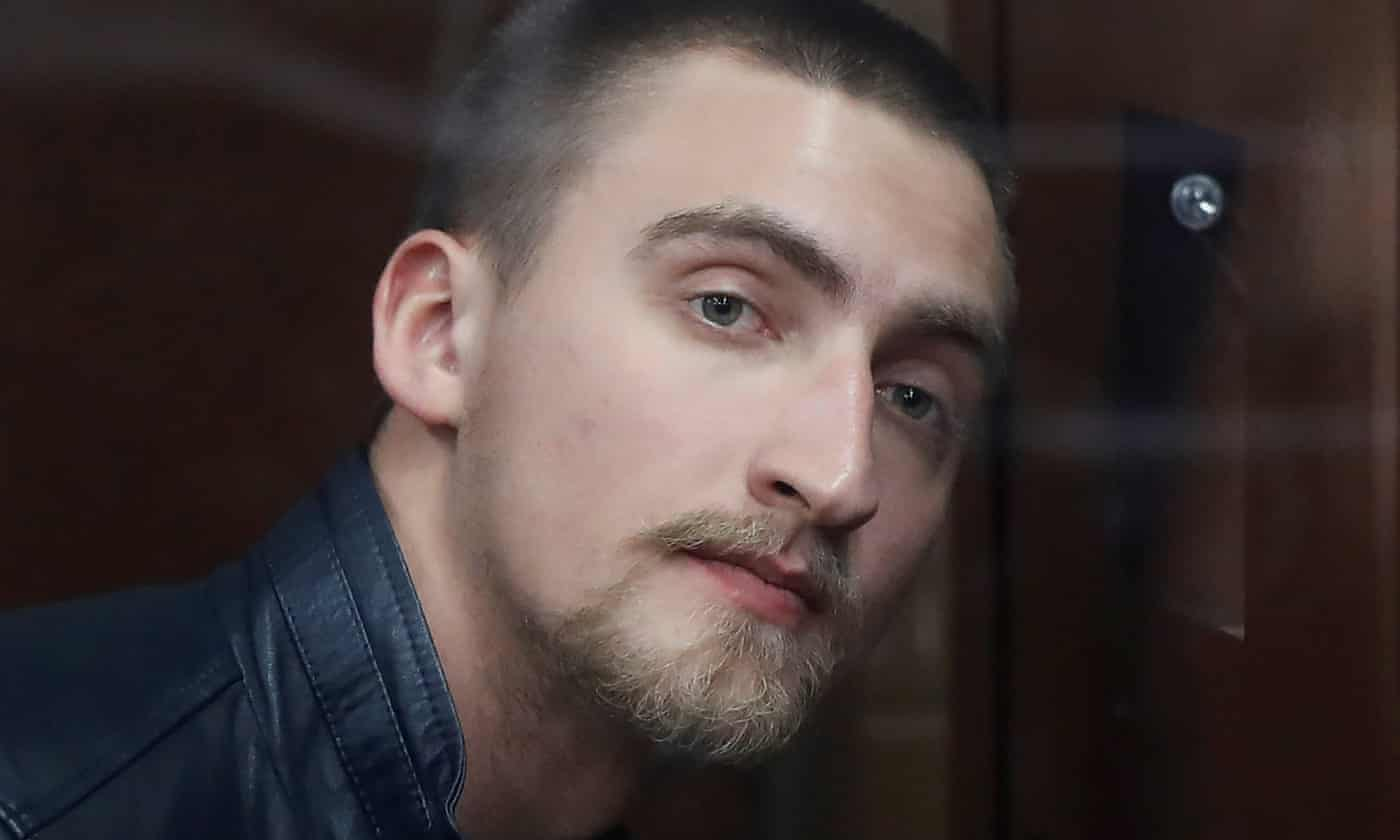 Russian court frees actor Pavel Ustinov after public backlash