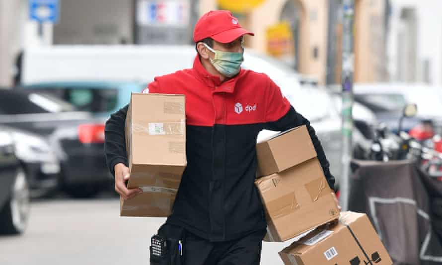 DPD courier with parcels