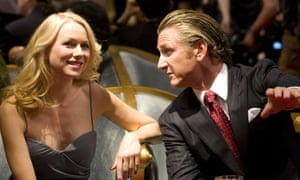 Naomi Watts and Sean Penn playing Valerie Plame and Joe Wilson in the film Fair Game, 2010.