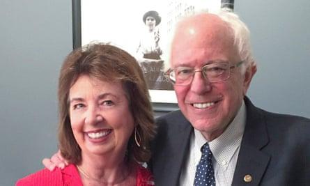 RoseAnn DeMoro with Senator Bernie Sanders at National Nurses United's endorsement of Sanders on 10 August 2015.