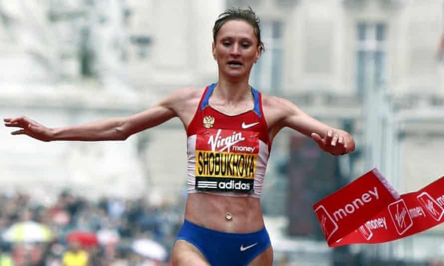 Liliya Shobukhova winning the 2010 London Marathon