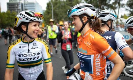 Amanda Spratt pipped by fast-finishing American in Women's Tour Down Under