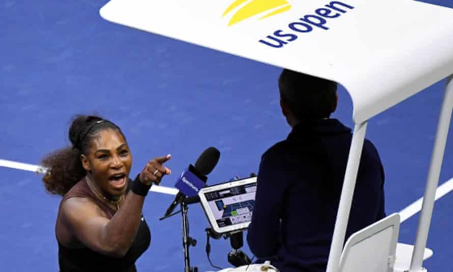 Serena Williams confronts chair umpire Carlos Ramos