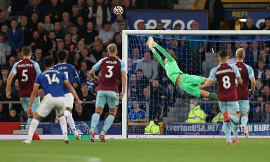 Andros Townsend (No 14) watches his shot curl into the top corner.