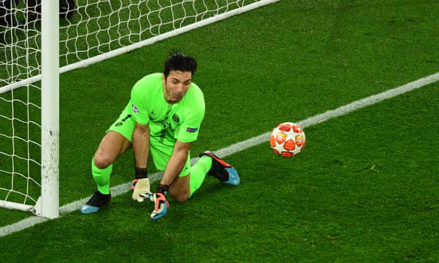 Gianluigi Buffon's first-half fumble gifted Lukaku an all-important second goal.