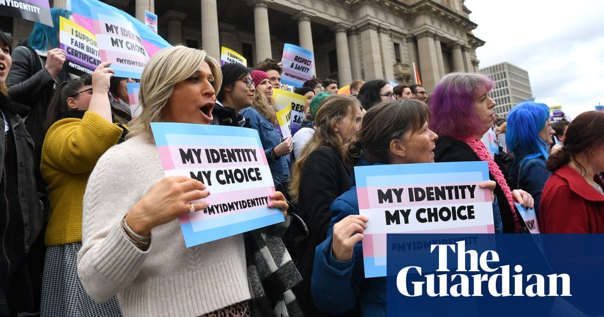 Bill to allow transgender people to change birth certificate without surgery clears first hurdle in Victoria